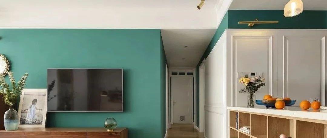 电视柜现在流行这样装,简约实用,连背景墙都省了!