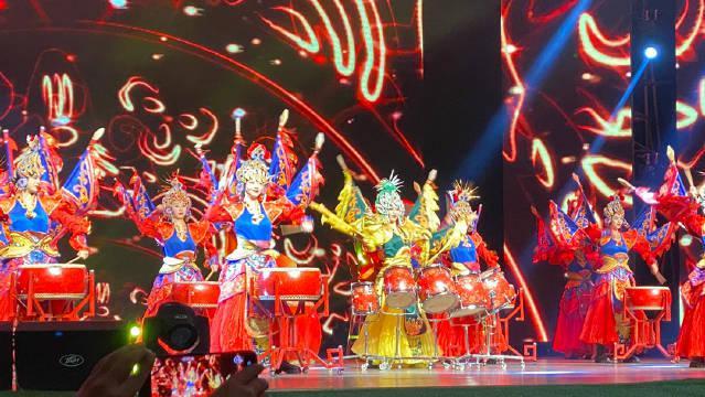 今天在湖南新宁参加第六届崀山脐橙文化旅游节……
