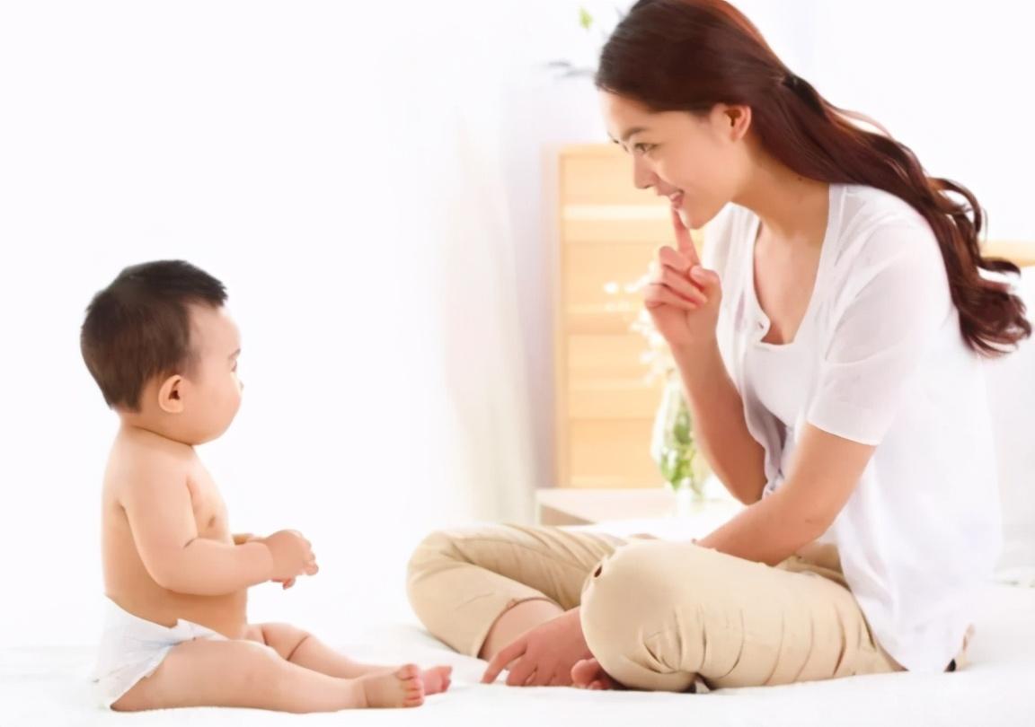 父母如何与婴儿交流?经常陪宝宝聊天和很少交流,会有怎样的差异