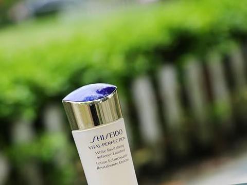 被人种草无数的爽肤水真的好用吗?测评完你觉得哪一款最好用呢?