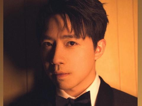 """33岁俞灏明谈复出10年,惹哭网友:""""认真生活的人,会发光啊!"""""""