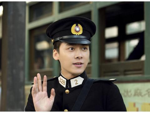 李易峰被认出,观众大喊顾耀东,李易峰高情商回复