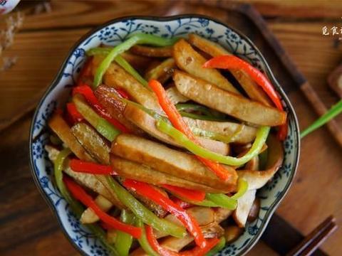 炒豆干,直接炒不容易入味,教你正确做法,豆干柔软好吃有滋味