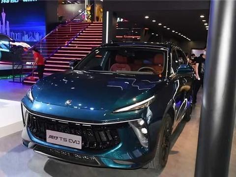 """车300:送走""""保时泰""""迎来""""保时风""""?又一国产车酷似保时捷"""
