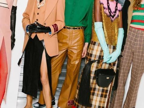 54套真人穿搭示范丨2020秋冬穿这4个流行色=时髦高级还显白!