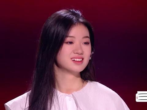 导师夸赞单依纯合集,李健激动到语无伦次,谢霆锋因为她长了白发