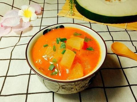 冬天,这汤我三天两头给家人煮,清爽开胃不油腻,价格便宜还好喝