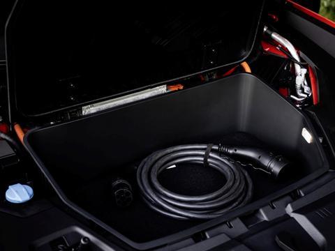 奥迪用电动思路做轿跑SUV:e-tron S 续航365km