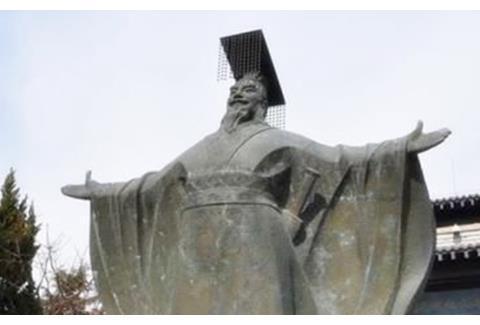秦国的灭亡,胡亥的责任有多少?其实,这个人的责任最大