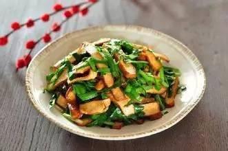 美食精选:水炒鸡蛋、韭菜炒香干、咸蛋黄豆腐