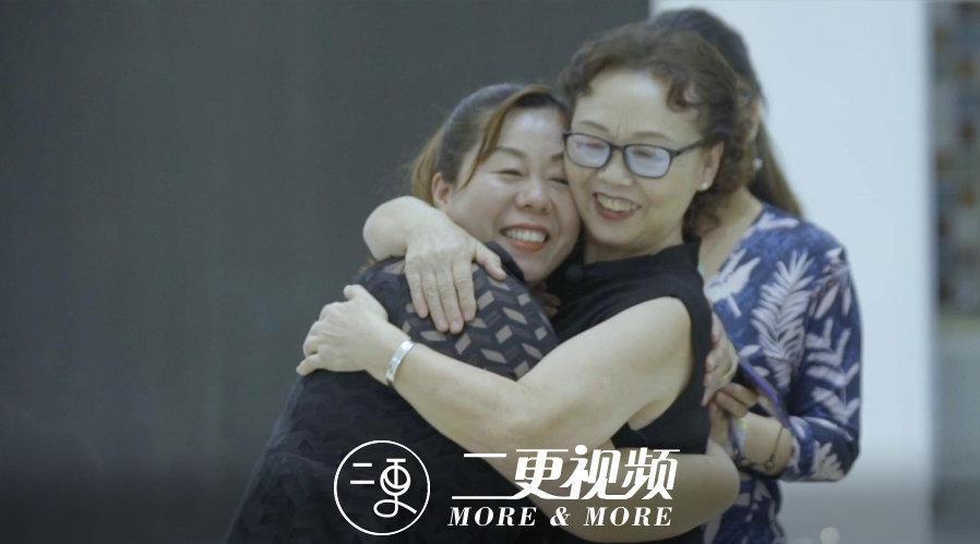 吴天凤老师是西安小天鹅艺术团创始人……