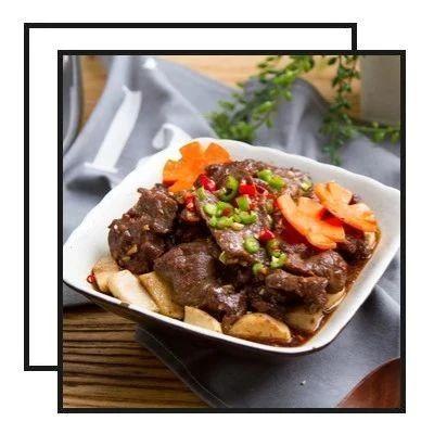 【明天吃】饺子皮咸蛋黄烧麦、鲜蔬猪蹄汤配黑椒牛肉、白菜蒸火腿、浇汁龙利鱼、法式焗番茄