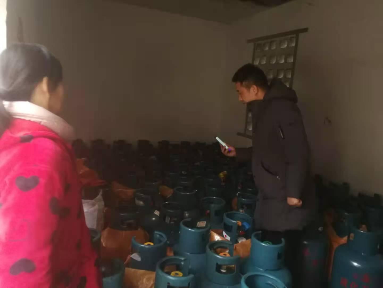 凤凰县多部门联合开展安全专项检查