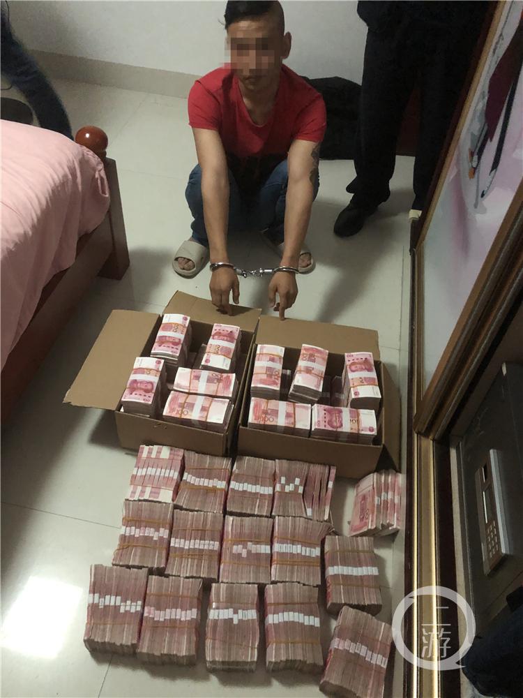 充1万赚1000元 充10万送8888元!他充了100万……