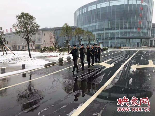 正阳公安巡特警大队加强巡逻防控筑牢冬季安全防线