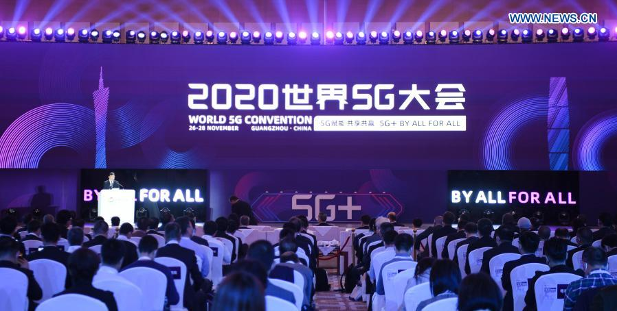 Photo taken on Nov. 26, 2020 shows the scene of the opening of the World 5G Convention in Guangzhou, south China's Guangdong Province. The 2020 World 5G Convention kicked off in Guangzhou Thursday, during which world-renowned infocom scientists, 5G service providers and 5G application adopters will exchange ideas on aspects of cutting-edge technologies, industrial development trends and innovative applications in 5G industry. (Xinhua/Deng Hua)
