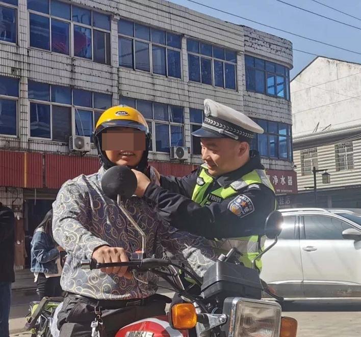 快看看有没有你!11月份,岳阳市查处交通违法行为60159起