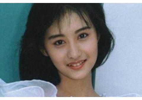 她曾是最美琼瑶女郎,嫁入豪门多年,如今45岁还没孩子成这样