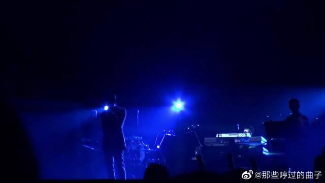 林宥嘉翻唱陈奕迅《活着多好》现场版……