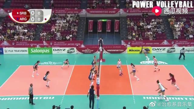 女排世界杯第四比赛日集锦:中国女排和美国女排保持不败