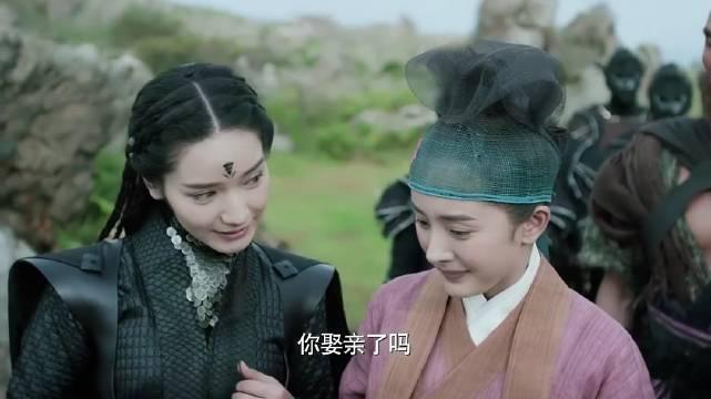 《三生三世十里桃花》白浅女扮男装……