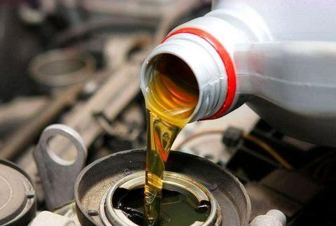 4S店常说5000公里就需要换机油,为何欧洲的车可以3万公里再换?