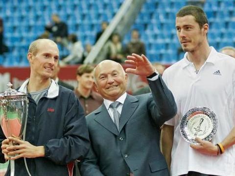赛季末的故事:首位在ATP年终总决赛男单夺冠的俄罗斯人!