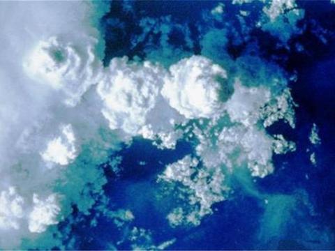 巴西上空怎么了?天空好像快掉下来,霍金预言要验证了?