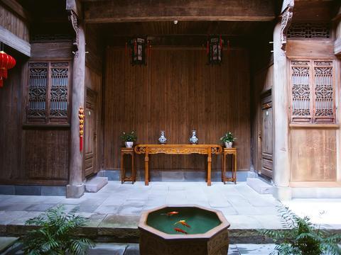 """千年古村唐模,中国历史文化名村,被誉为""""中国水口园林第一村"""""""