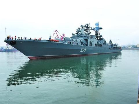 该碰撞就碰撞,俄强硬驱赶美军舰公开视频,美诉苦俄不讲武德