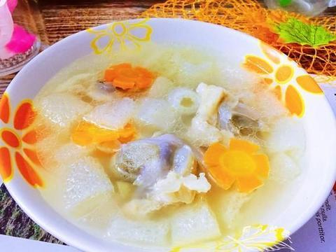冬天多喝此汤,比羊肉汤有营养,我家每隔一周做一回,滋补又保暖