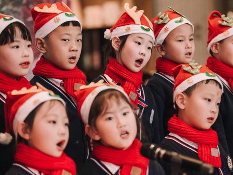太原阳光皇冠假日酒店举办第二届圣诞传统点灯仪式