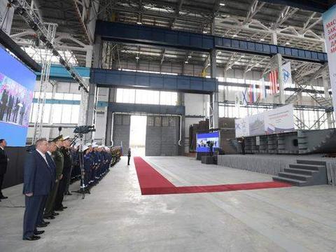 俄造船厂建舰再迟误就罚款,逼迫工作效率上升,解决对外依赖问题