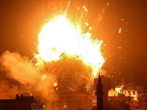 深夜时分,数枚火箭炮直奔美国大使馆,向特朗普发出明确警告