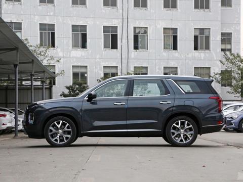 """30万级进口""""大7座""""SUV,性价比超途昂,关键配六缸动力"""