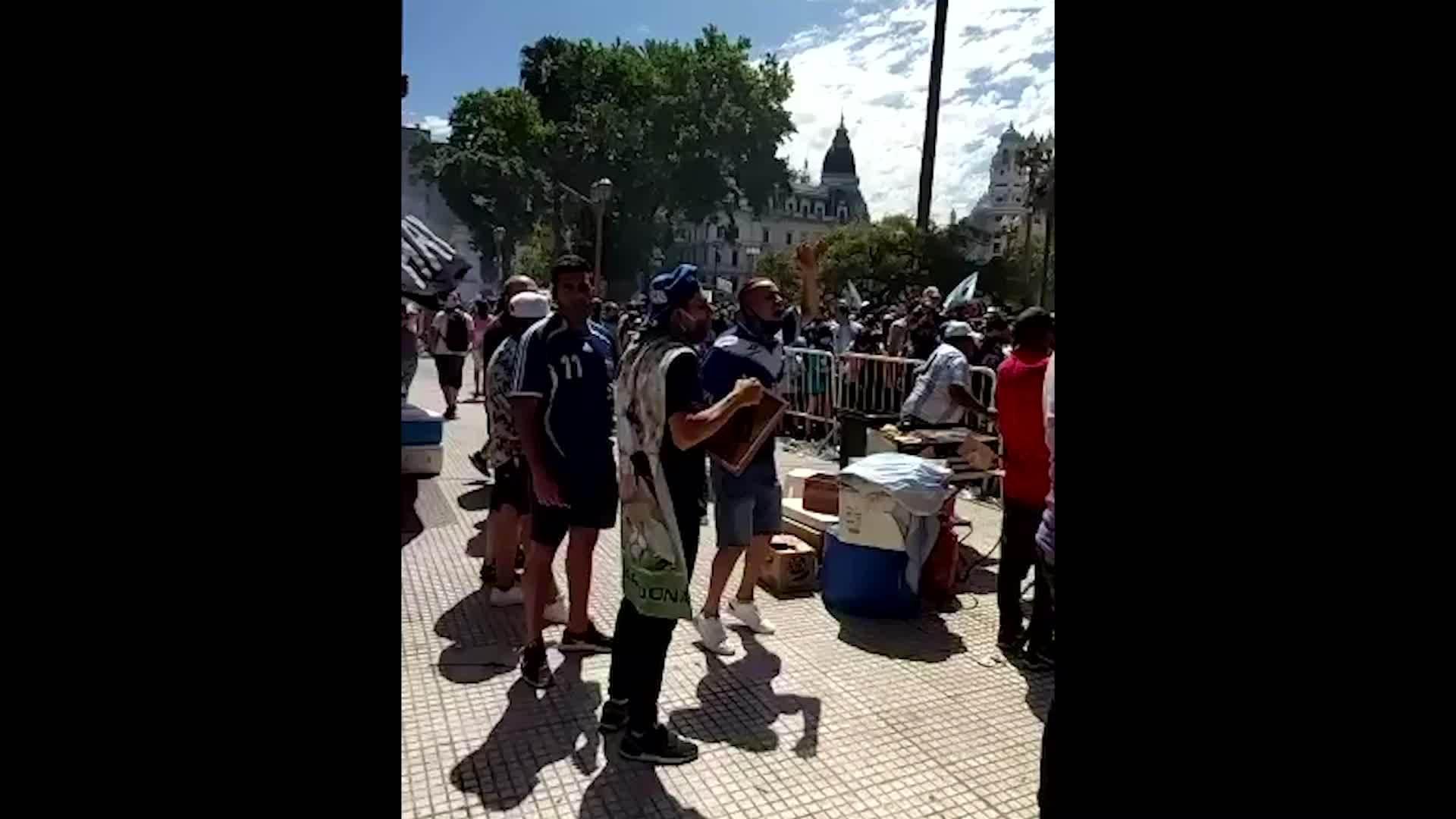 红星新闻特约记者阿根廷现场直击马拉多纳国葬礼
