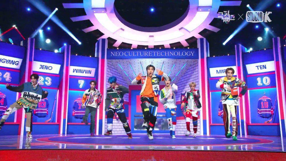 NCT U在音乐银行带来新曲《90s Love》的打歌初舞台直拍公开!……