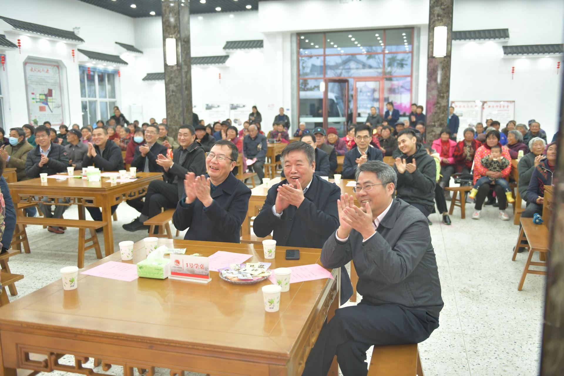接轨上海——上海市金山区人大代表考察团来阜文化交流