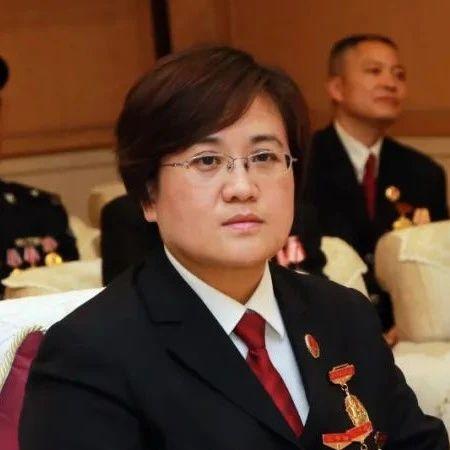 时钧宇:一名女公诉人的为民情怀|全国先进工作者