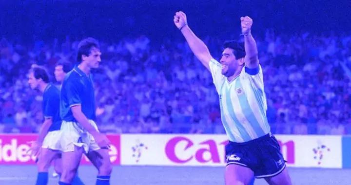 """「马拉多纳纪念特刊」英雄迭戈:是他,让阿根廷""""死而复生"""""""