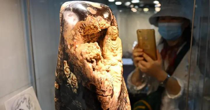 中青年石雕艺术作品在福建省美术馆展出