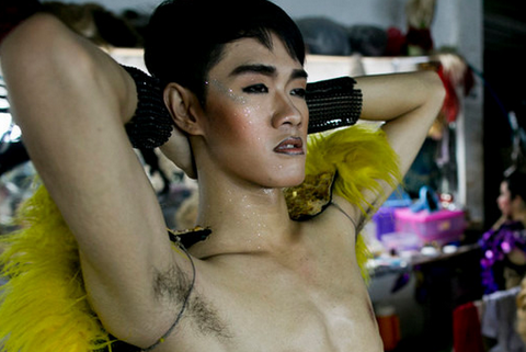 泰国人妖到底是如何养成的?放浪的生活背后,都是心酸和无奈