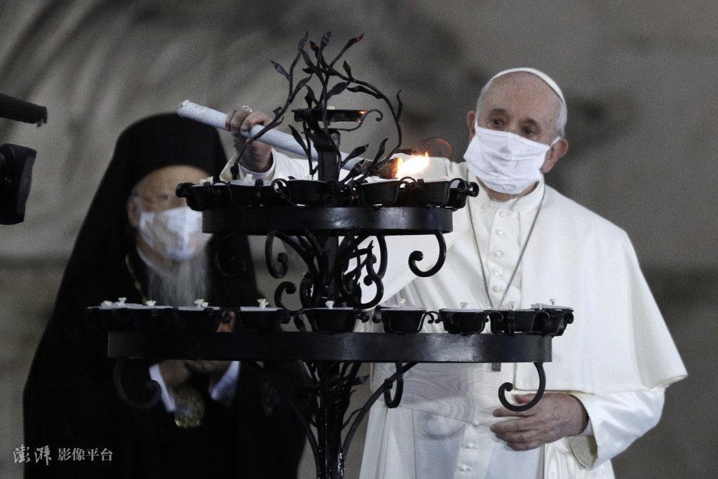 """美最高法为""""宗教自由""""废除限制令 教皇撰文""""打脸"""""""