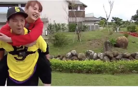 有一种友情叫,杨丞琳与黄鸿升,他们两个确实是很好了…………