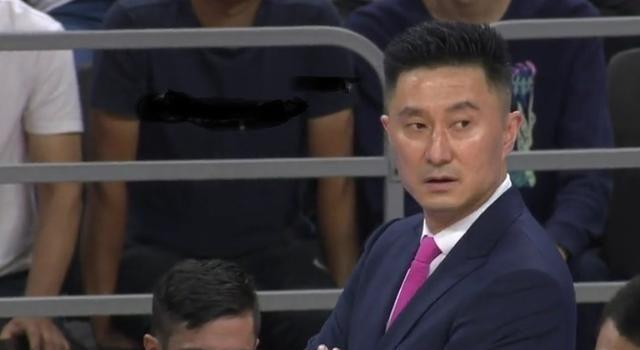 杜锋大赞山东队1人!他盘活了整个球队 能进中国男篮国家队吗?