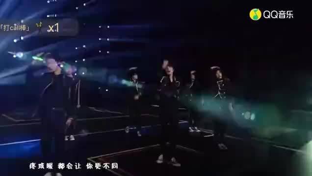 刘耀文麦克风没声音是怎么回事?不过刘耀文表现好棒!!……