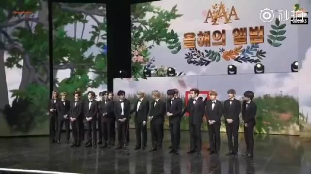 恭喜NCT获得年度专辑大赏,恭喜23位帅哥!