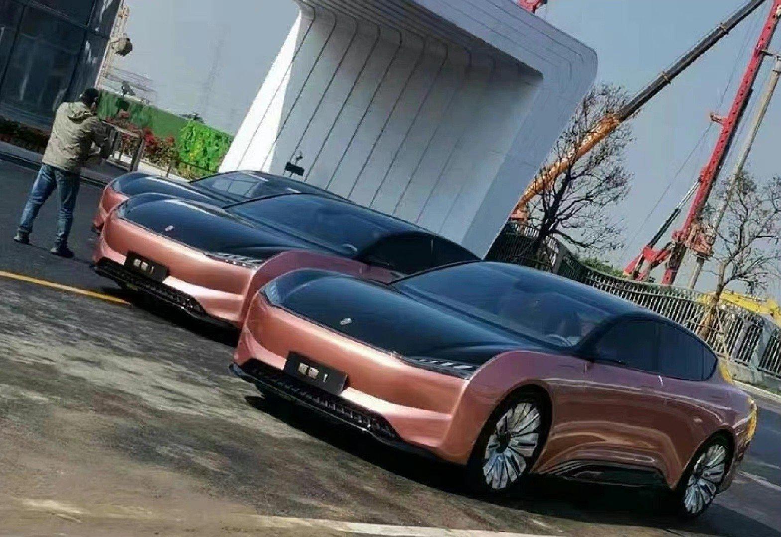 恒大汽车的第一款车恒驰1,实话实说,这外观你们觉得怎么样?