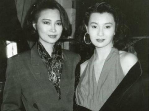 她7岁就开始演戏,与李连杰搭戏创造经典,如今73岁优雅动人