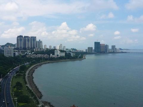 浪漫之城珠海市的2020年前三季度GDP,追上鄂尔多斯还需多久?